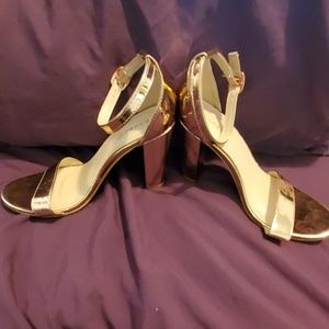Bamboo Rose Gold Chunky Block Heel Size 8.5
